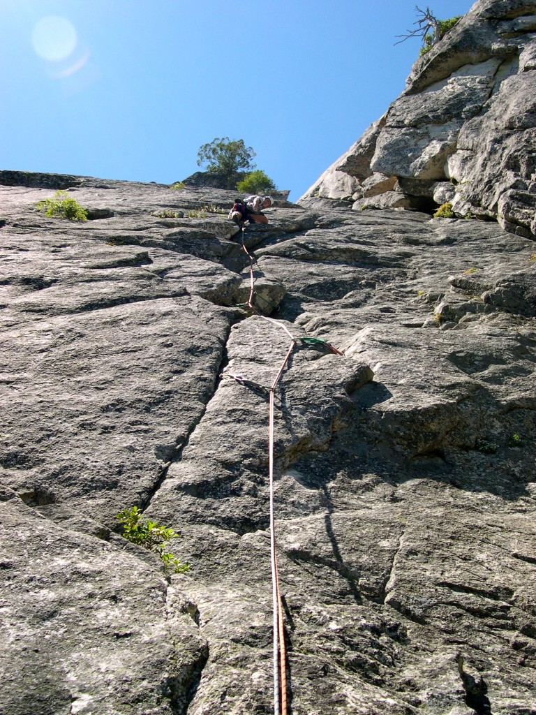 Six Toe Crack (Six Toe Rock)